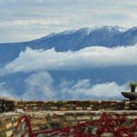 Среди гор и облаков :: Николай Танаев
