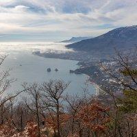 Вид с Медведь-горы (Крым) :: Сергей Яворский