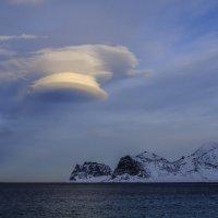 облака НЛО или линзовидное облако :: Георгий А