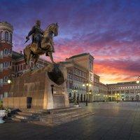 Площадь Оболенского-Ноготкова :: Артем Мирный