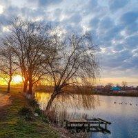 Золото рассвета, синевы отражение :: Валерий Ткаченко