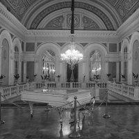 Белый зал ... :: Лариса Корж