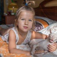 Кот счастлив в жарких объятиях) :: Дина Горбачева