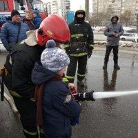 Мальчишеские интересности :: Галина Бобкина