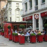 Лондон.Уличное кафе :: Гала