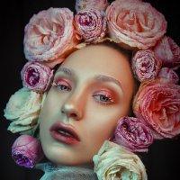 Весенний цветок :: Katerina Klio