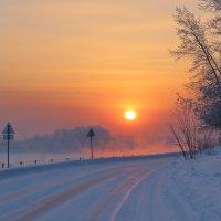Морозный закат над рекой :: Нина северянка