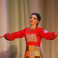В танце... :: Нэля Лысенко