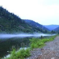 Туман над водой :: Александр С