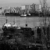 Родной город - город корабелов :: Сергей Порфирьев