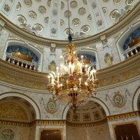 В Павловском дворце :: Надежда