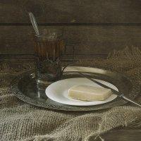 Утренний завтрак в деревне заморским кусочком сыра. :: Master