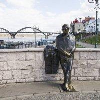 памятник Льву Ошанину ( г.Рыбинск ) :: Сергей Поникаров