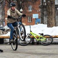 Весна, проснулись байкеры :: Владимир Максимов