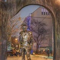 Памятник Окуджаве на Старом Арбате :: Виктор Тараканов