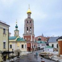 Колоколня Петровского монастыря :: Георгий А