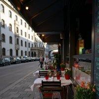 Городские кафе.... Мюнхен :: Алёна Савина