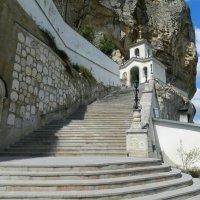 Свято-Успенский монастырь — главная пещерная обитель Крыма! :: ирина