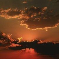 Небесный мир в объятиях заката... :: Mila .