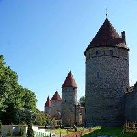 Стены и башни :: san05 -  Александр Савицкий