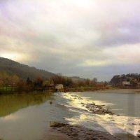 Шумит река.. :: Гала