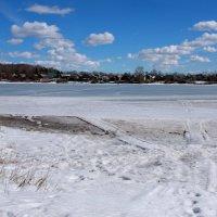 Тает лёд под солнцем лучистым... :: Нэля Лысенко