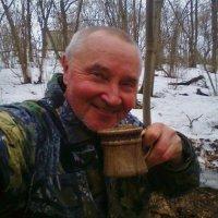 Весеннее чаепитие в лесу. :: Василий Капитанов