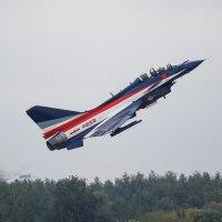 Jian-10 (J-10) китайской пилотажной группы 1-е августа :: Павел Myth Буканов