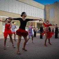 Танцоры. :: Филипп Жунку