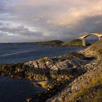 Атлантическая дорога, мост Storseisundet :: Катя Киреева