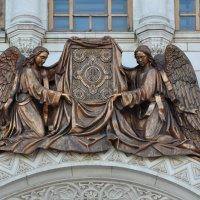 Скульптурные композиции на Храме Христа Спасителя. 4.09.2012г. :: Виталий Виницкий
