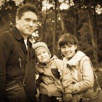 Семейный портрет :: Наталья Воинова