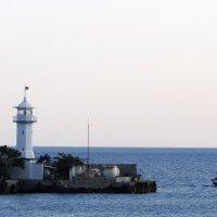 Ялтинский маяк :: Stas Ra