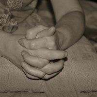 Мамины руки. Родные руки. :: Олеся Бе бе