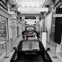 Выставка Porsche в ГУМе :: Сергей Королев