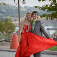 Молодые и красивые :: Константин Новгородов