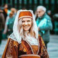 Девушка в национальном голландском костюме. :: Игорь Геттингер (Igor Hettinger)