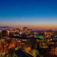 Вечерний город :: Антон Родионов