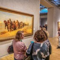 На выставке Ильи Репина в Третьяковской галерее :: Виктор Тараканов