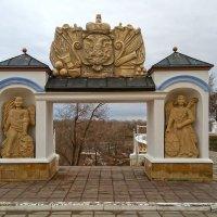 Елизаветинские ворота :: Elena Izotova