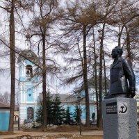 На проспекте... :: Фёдор Бачков