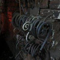 Реинкарнация металла. Стена :: Марина Морозова