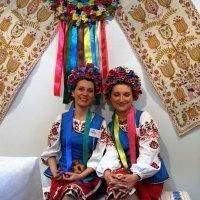 Две подруги... :: Владимир Бровко