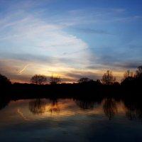 Ни один из закатов никогда не будет похож на другие, потому что краски неба многоцветны и уникальны. :: Ольга Русанова (olg-rusanowa2010)