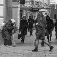 Где-то на городской улице(24) :: Александр Степовой