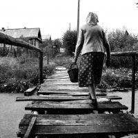 бабулька в деревни :: Георгий А
