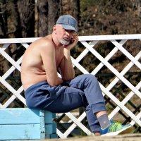 Отдыхающий из санатория...загорает. :: Ольга Митрофанова