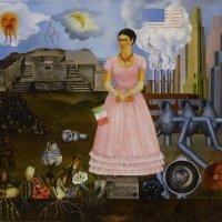 На выставке мексиканской художницы Фриды Кало. Автопортрет - 3 :: татьяна