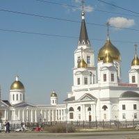 Храм в честь святых равноапостольных Кирилла и Мефодия :: марина ковшова