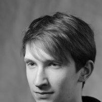 Монохромный снимок в стиле немецких фамильных портретов тридцатых годов прошлого столетия. :: Александр